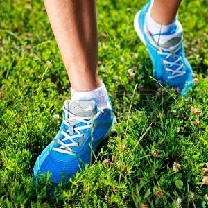 Quali scarpe scegliere per correre sull erba  - Vivere al Meglio 3fb718db93d