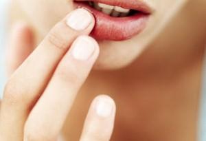 Secchezza labiale: come intervenire naturalmente