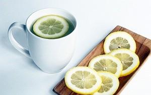 acqua-tiepida-limone-mattina