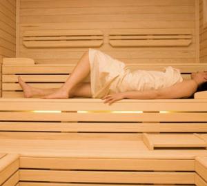 Sauna Benefici Controindicazioni.Sauna Finlandese Benefici E Controindicazioni Vivere Al