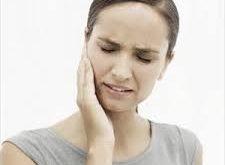 mandibola dolorante al mattino