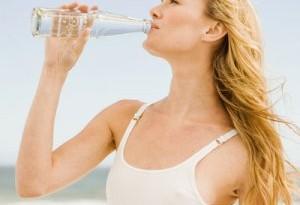 Estate: quanta acqua bere?
