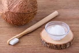 Olio di cocco e denti