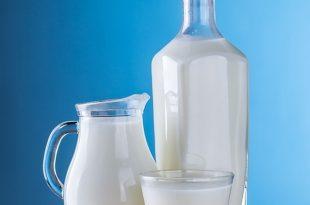 Il latte di capra fa bene alle ossa?