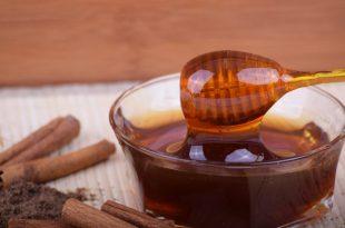 miele di melata ha molte proprietà e benefici importanti